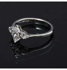 Platinos žiedas su Deimantais